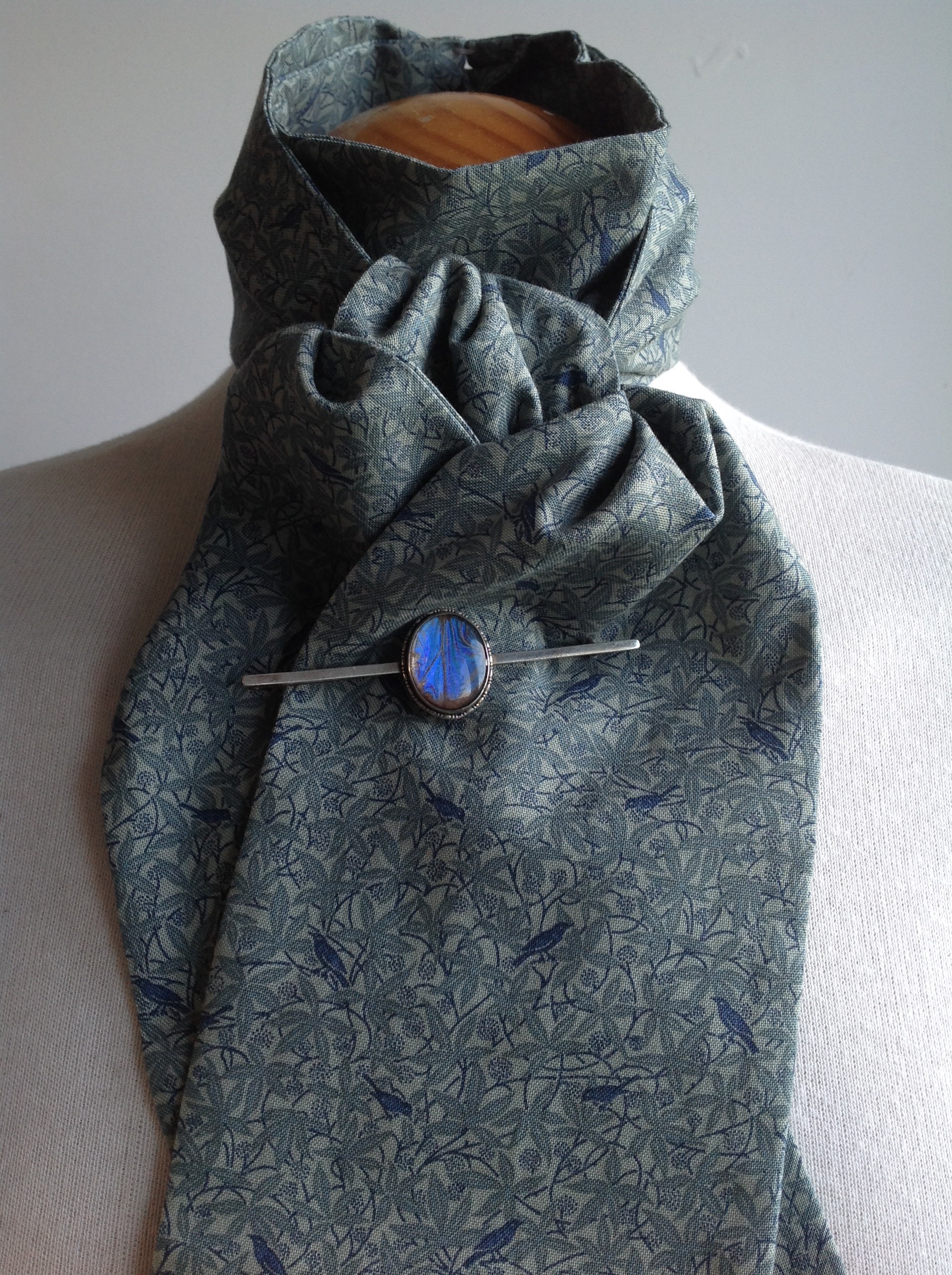 Shaped to tie 100% cotton stock - Birdsong blue colourway