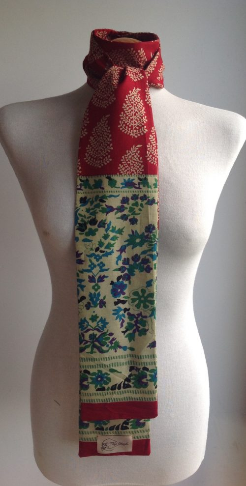 Shaped to tie 100% cotton stock - Indian paisley fern red