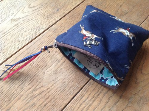 Coin purse - Gallop in navy coloureay