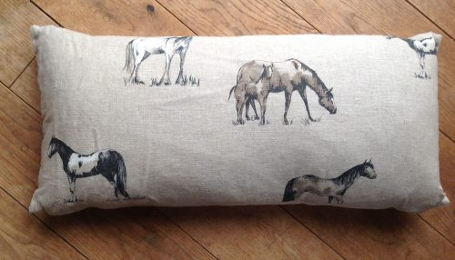 "Cushion cover - 12"" x 24"" Wild Horses print"