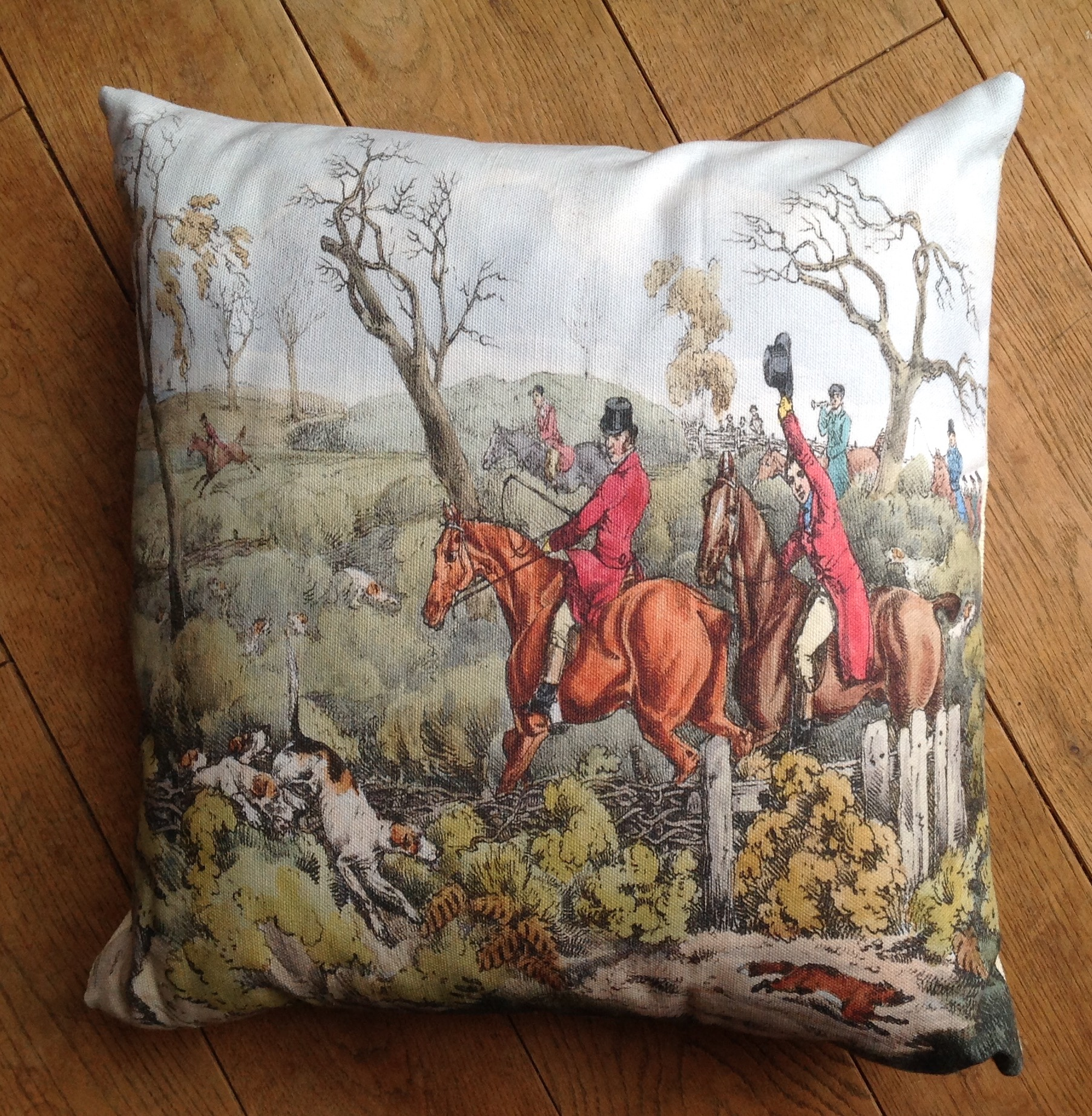 "Cushion cover - 16"" Victorian Hunting Scene with hounds and fox"