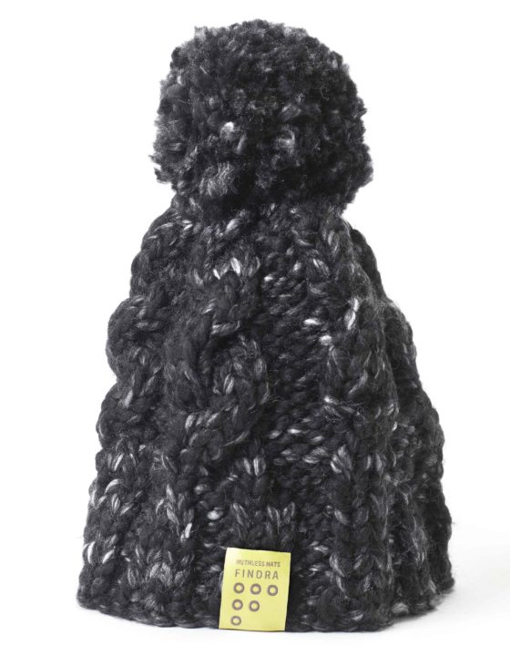 Findra cable bobble hat in granite