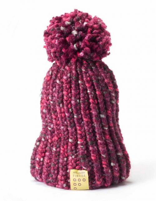 Findra bobble hat in mulberry