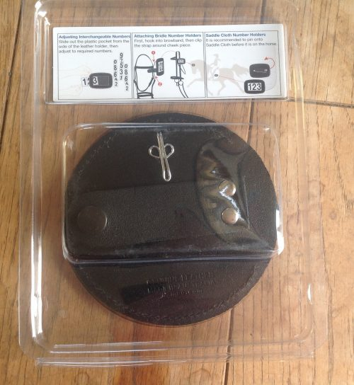 Hamag leather bridle number holder black round