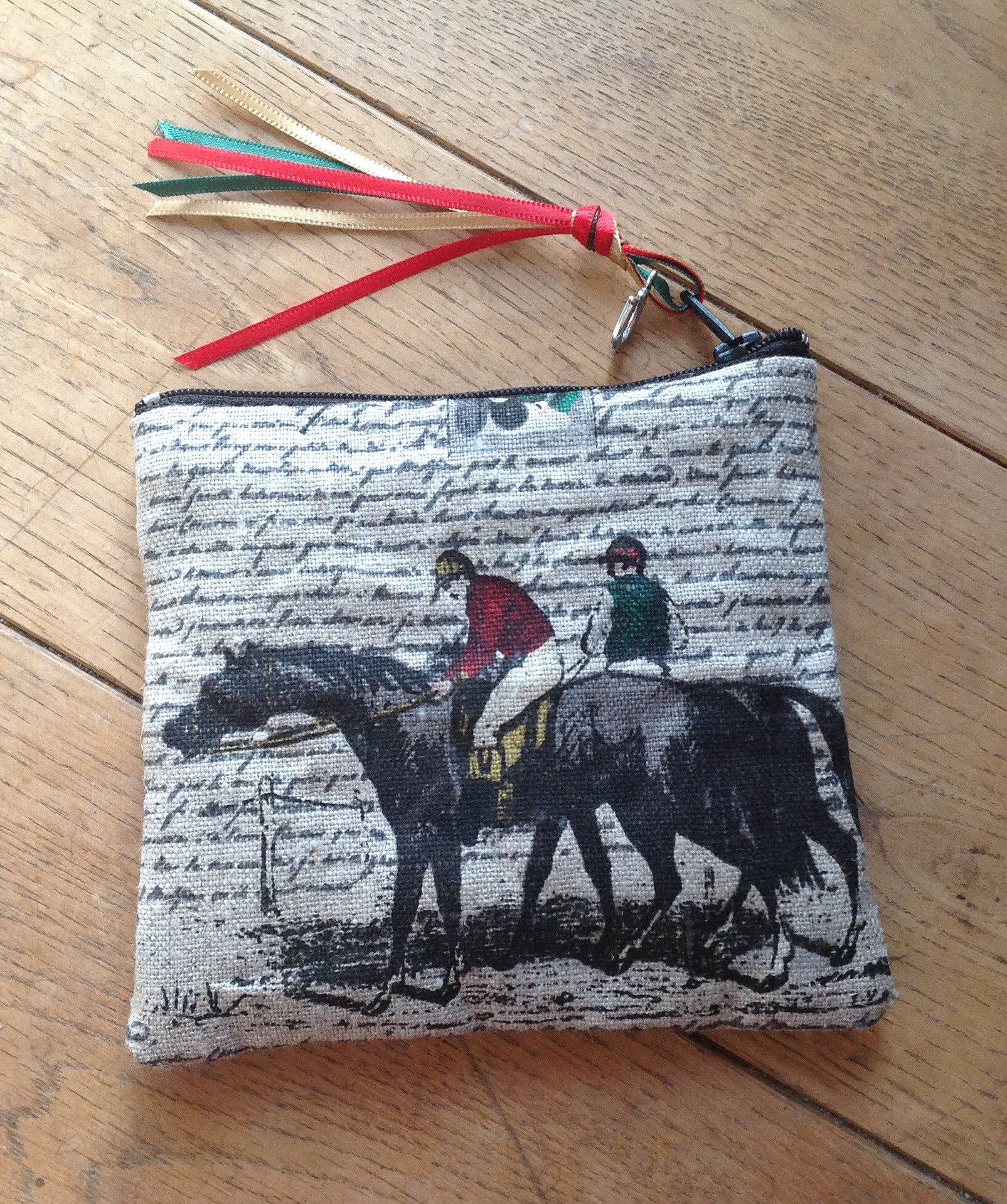 Coin purse - Thoroughbred and jockeys