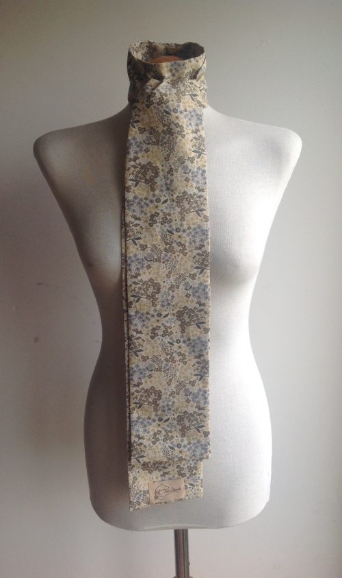 Shaped to tie 100% cotton stock - Posy floral in blues and greys