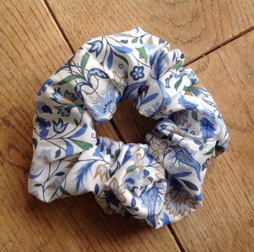 Liberty tana lawn scrunchie - James Francis blue multi