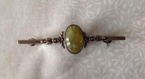 Vintage Art Nouveau silver and Connemara marble stock pin